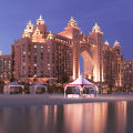 Пляжи и бассейны Atlantis The Palm